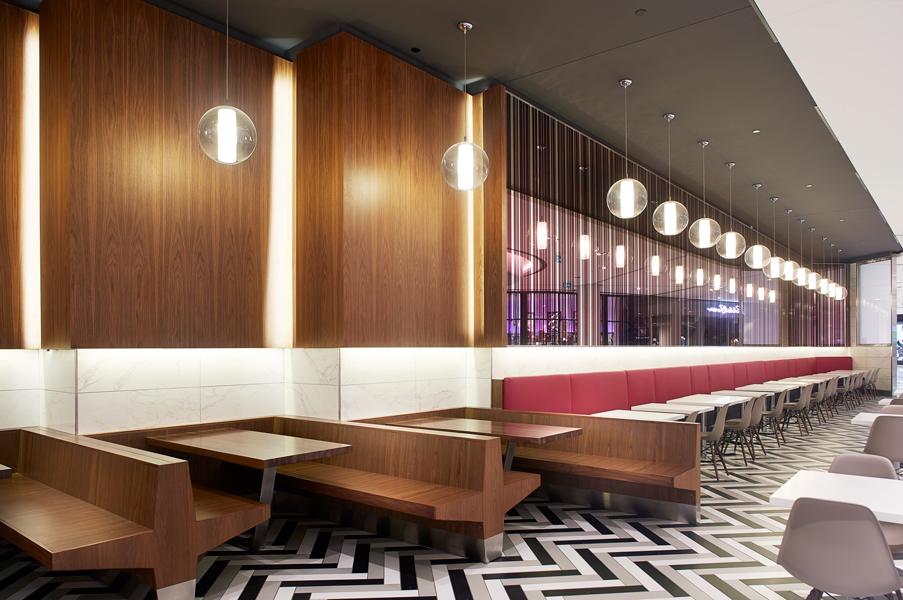 GH+A-Design_Rideau-Centre-Dining-Hall_©Yves-Lefebvre_07